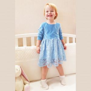 Платье голубое бархатное с кружевом
